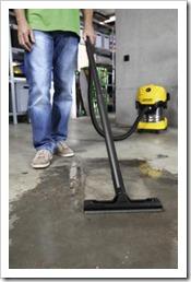 MV_4_Premium_Cellar_wet_vacuuming_app_3-66050-300DPI